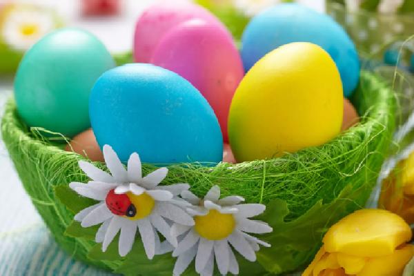 img_5a96e3cbb9a0b Как и чем покрасить яйца на пасху 2019 — лучшие способы покраски и украшения яиц в домашних условиях
