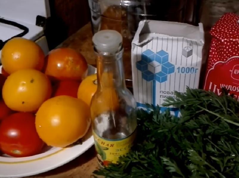 Помидоры с морковной ботвой на зиму: рецепты приготовления с фото