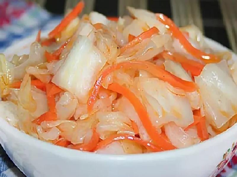 Как замариновать капусту кусочками быстро и вкусно