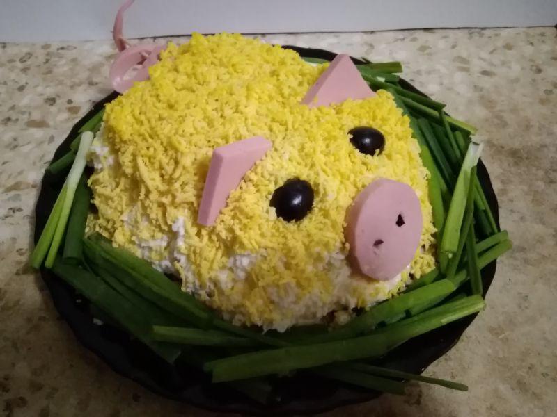 Свинка на новогодний стол