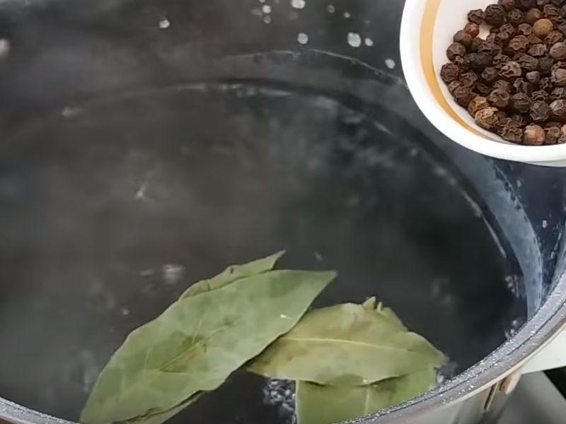 Как посолить сало в растворе