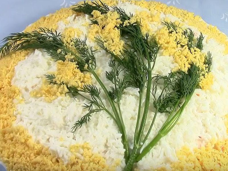 Мимоза с тунцом и сыром