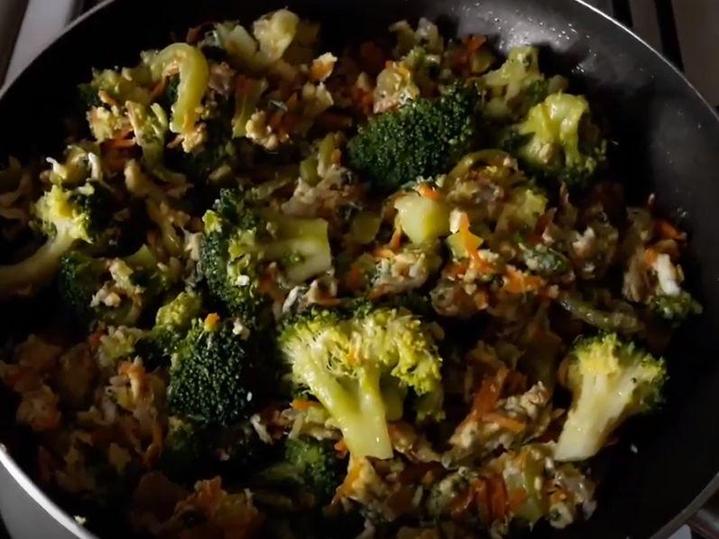 Как готовить брокколи капусту на сковороде