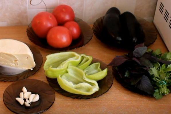 Как приготовить баклажаны запеченные целиком
