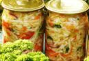 Как закрыть капусту на зиму в банках — 5 вкусных рецептов