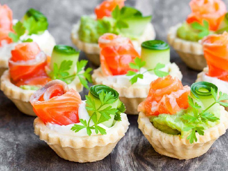 Тарталетки — самые вкусные рецепты с начинкой из красной рыбы и сыром